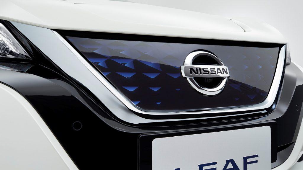 nissan_leaf_2018-112x-4-jpg