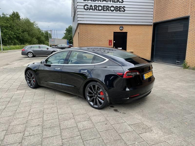 tesla-model-3-zwart-occasion-lease-6