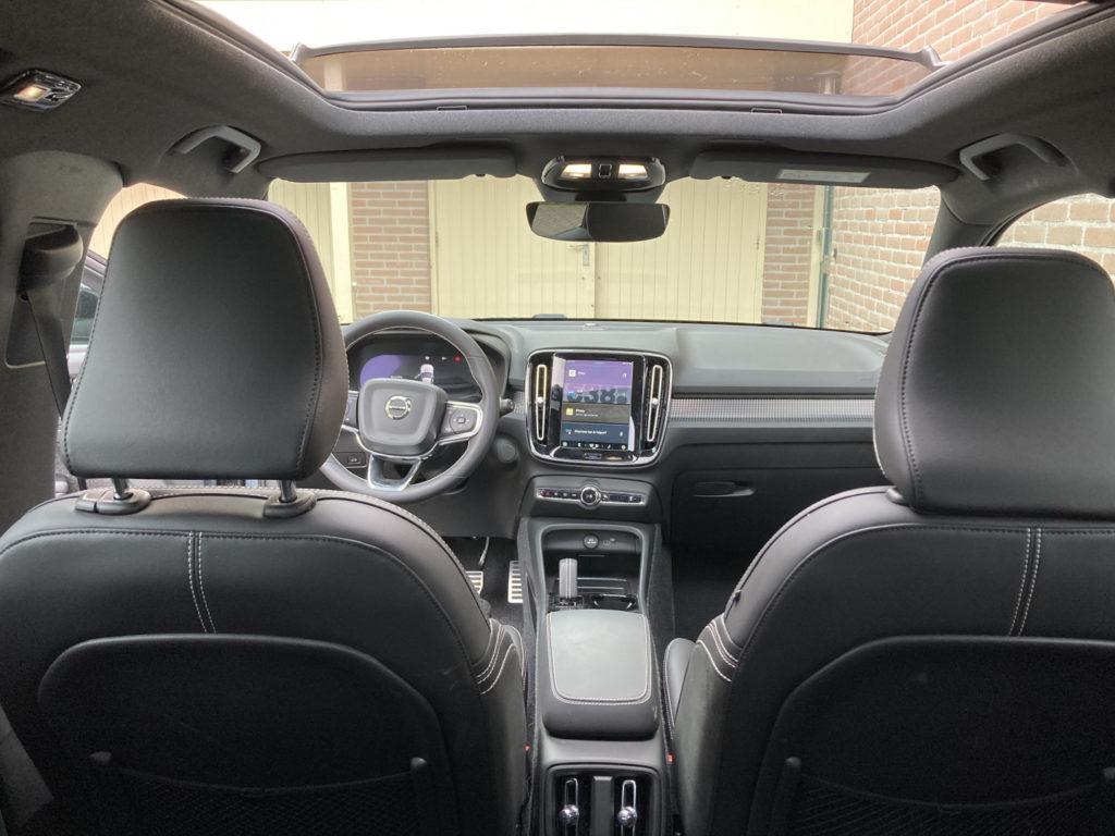 volvo-xc40-electric-lease-zakelijk-interieur-6